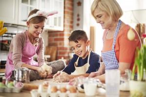 Tesco: Niemal co drugi Polak samodzielnie przyrządza wielkanocne produkty i potrawy
