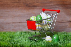 Święta Wielkanocne: Sprawdź godziny otwarcia sklepów