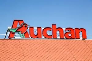 """Inspektorzy: w Auchan nie wymuszano złożenia oświadczenia o pobieraniu """"500+"""""""