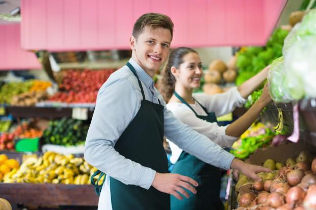 Wynagrodzenia w sieciach handlowych mogą wzrosnąć nawet o jedną trzecią