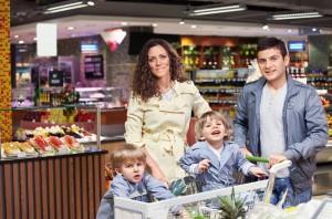 POHiD: Przed świętami Polacy kupują więcej produktów premium