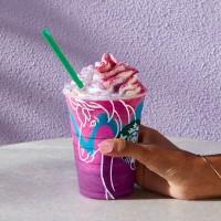 """Millenialsi kochają """"Unicorn food"""". Starbucks stworzył dla nich specjalne frappuccino"""
