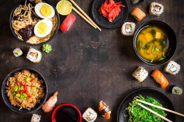 Hity street food 2017: Ramen, poke bowl i podpłomyki