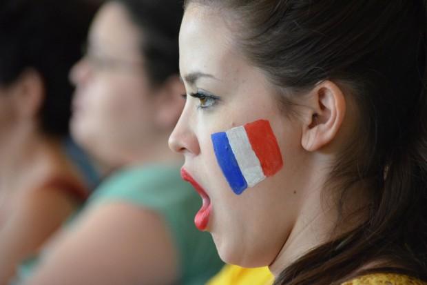 Wybory we Francji: Macron i Le Pen zmierzą się w II turze