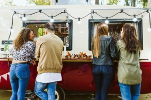 Street food na diecie semiwegetariańskej i bezglutenowej