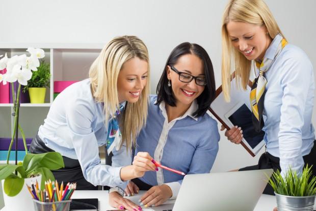 KE proponuje, jak zwiększyć liczbę kobiet na rynku pracy