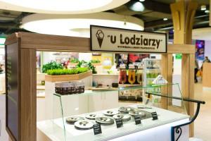 """Wytwórnia Lodów Prawdziwych """"u Lodziarzy"""" zdobywa rynek i otwiera nowe lokale"""