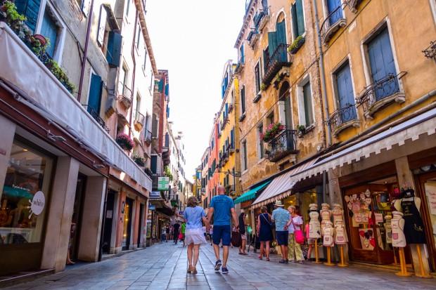 Wenecja ogranicza liczbę lokali z jedzeniem na wynos