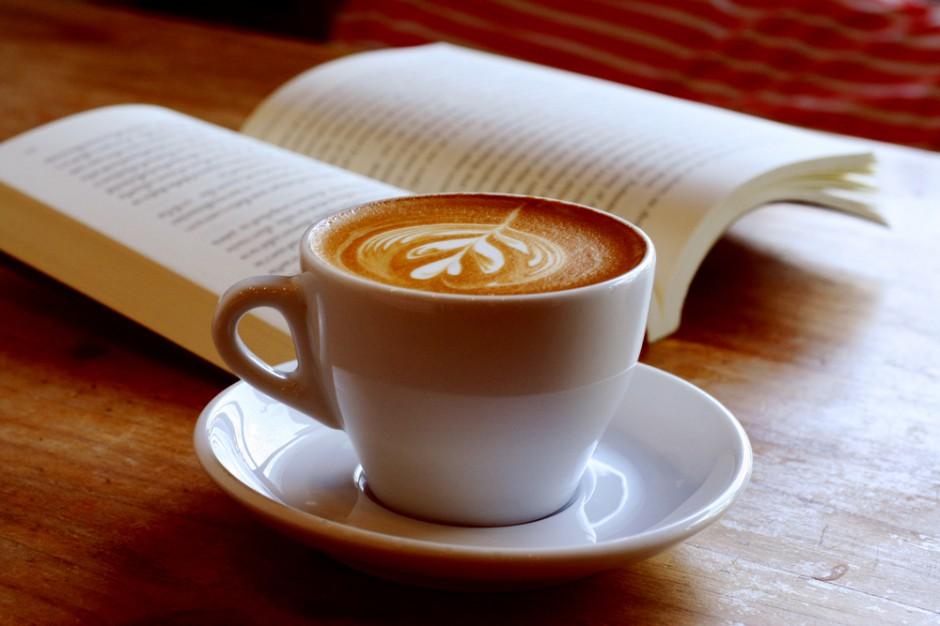 Producent kawy i serwis z ebookami łączą siły, aby promować czytelnictwo