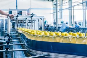 Nowe technologie silnie zmieniają rynek pracy w sektorze produkcji i handlu