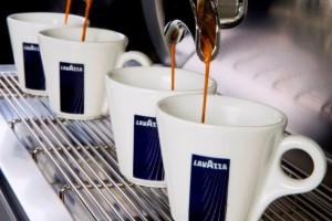 Analitycy: W obliczu stagnacji na rynku kawy, Lavazza powinna otworzyć się na nowe rynki