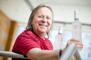 "Romuald Lipko, muzyk i producent alkoholi, o produkcji wódki ""Jolka, Jolka pamiętasz"" (video)"