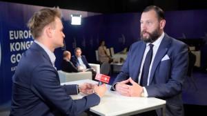 Prezes zarządu TFI PZU: Większość inwestycji Polaków jest krótkoterminowa i bez większego celu (video)