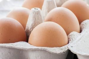 Mimo presji ekologów rośnie produkcja jaj klatkowych