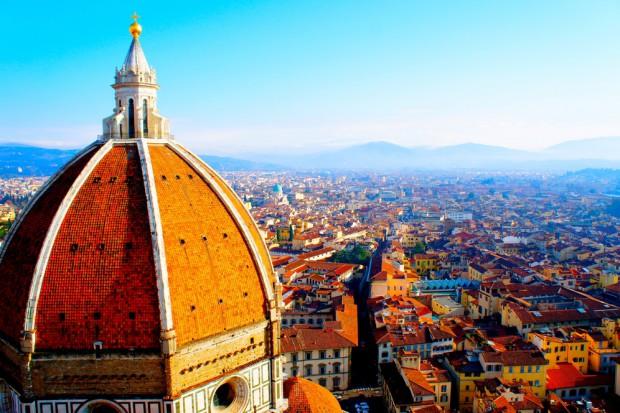 Florencja: Władze chcą zniechęcić turystów do jedzenia prowiantu przy zabytkach