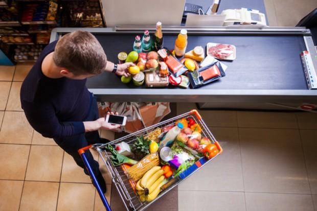 Koszyk cen dlahandlu.pl: Podwyżki w hipermarketach trwają