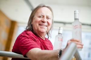 """Zdjęcie numer 3 - galeria: Romuald Lipko, muzyk i producent wódek: Zobaczymy co zwojuje """"Jolka"""" (duży wywiad, galeria zdjęć)"""