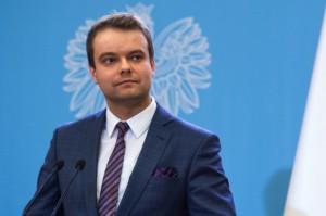 Bochenek ws. zakazu handlu w niedzielę: poczekajmy na efekt prac w parlamencie