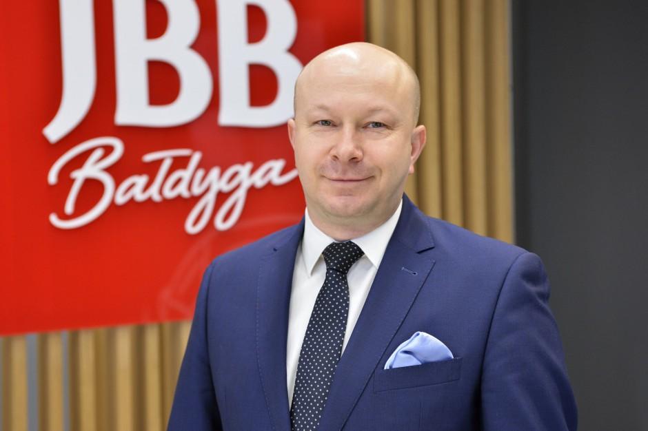 JBB inwestuje zwiększając obecność w kanale nowoczesnym