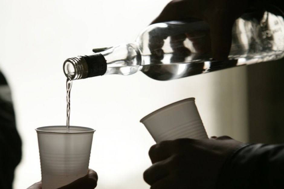 Indyjskie eksperymenty z alkoholem
