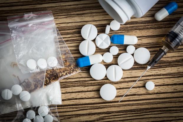 ONZ: Niemal 30 mln ludzi jest uzależnionych od narkotyków