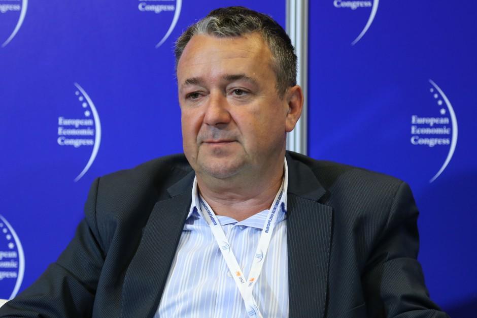 Prezes OMD: Przewaga konkurencyjna nie tkwi w możliwościach produkcyjnych, lecz w budowaniu marki