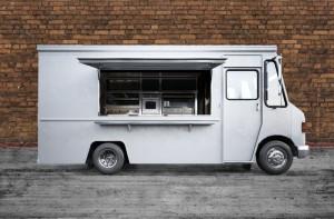Naciągnięci na food trucka. Policja zatrzymała oszustów proponujących fikcyjną franczyzę