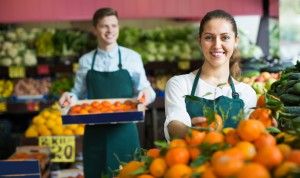 Praca w handlu: Kierownik sklepu spożywczego zarobi 5 700 zł brutto