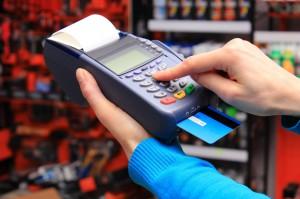 600 mln zł dla sklepów na terminale płatnicze