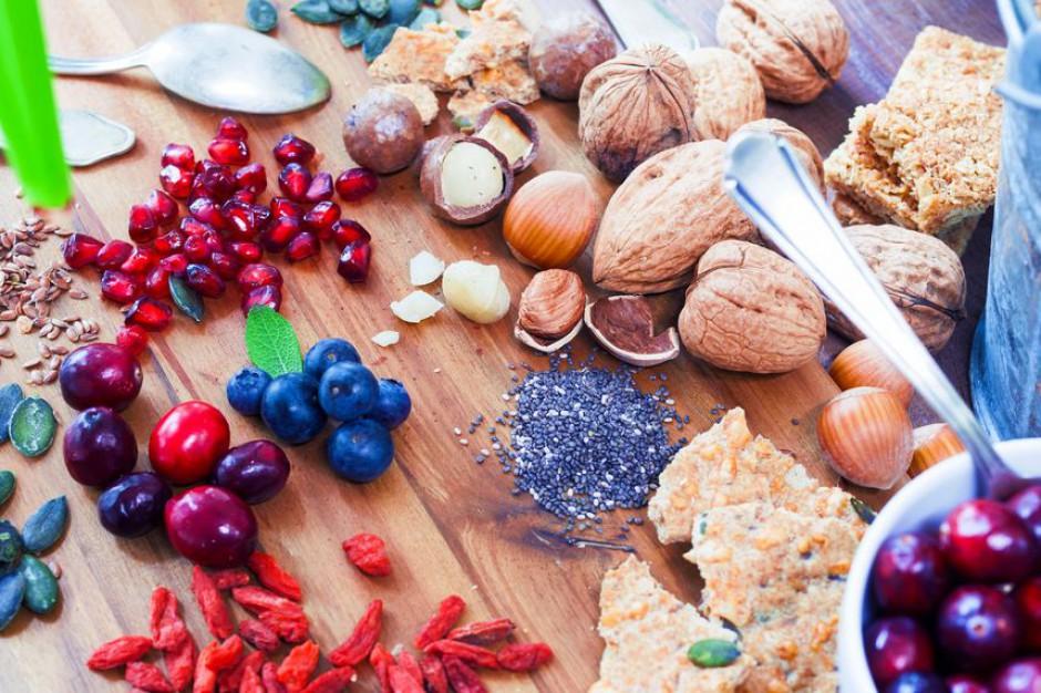 Spożywcy stawiają na superfoods. Rynek ten rośnie w trzycyfrowym tempie