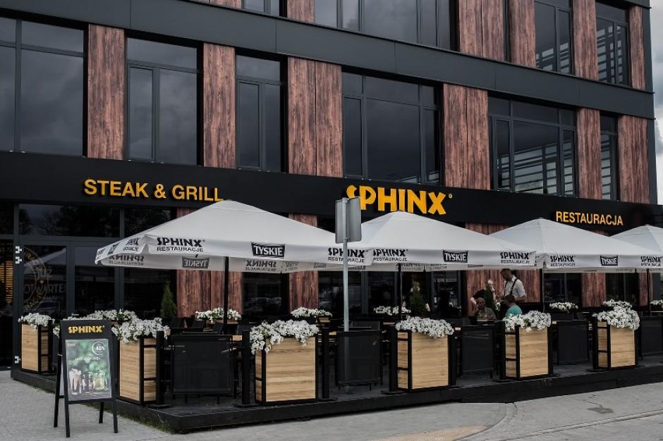 Sphinx z 16. restauracją w Warszawie