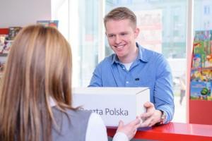Poczta Polska wzmacnia pozycję na rynku e-commerce wprowadzając nową usługę