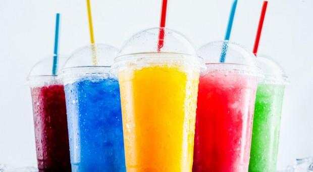 Pijmy na zdrowie! Zestawienie wydarzeń I półrocza i podsumowanie trendów na rynku napojów bezalkoholowych w Polsce