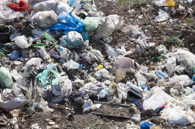W Polsce zabezpieczono 348 ton niebezpiecznych odpadów
