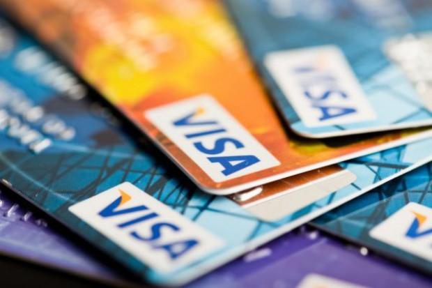 Visa apeluje do restauratorów: Jeśli zrezygnujecie z przyjmowania gotówki, otrzymacie 10 tys. USD