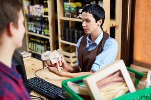 PIH: W sklepach małoformatowych widać wpływ rządowego programu 500+