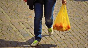 Komisje sejmowe zajmą się projektem ustawy o torbach foliowych w sklepach