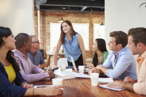 Zaostrza się walka na oferty pracy
