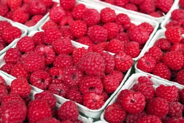 PIORiN kontroluje pozostałości środków ochrony roślin w owocach świeżych