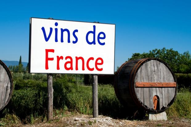 Francja: Produkcja wina mniejsza przez mróz i suszę
