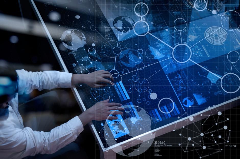 Deloitte: Większość pracowników za nowoczesnymi technologiami w firmach
