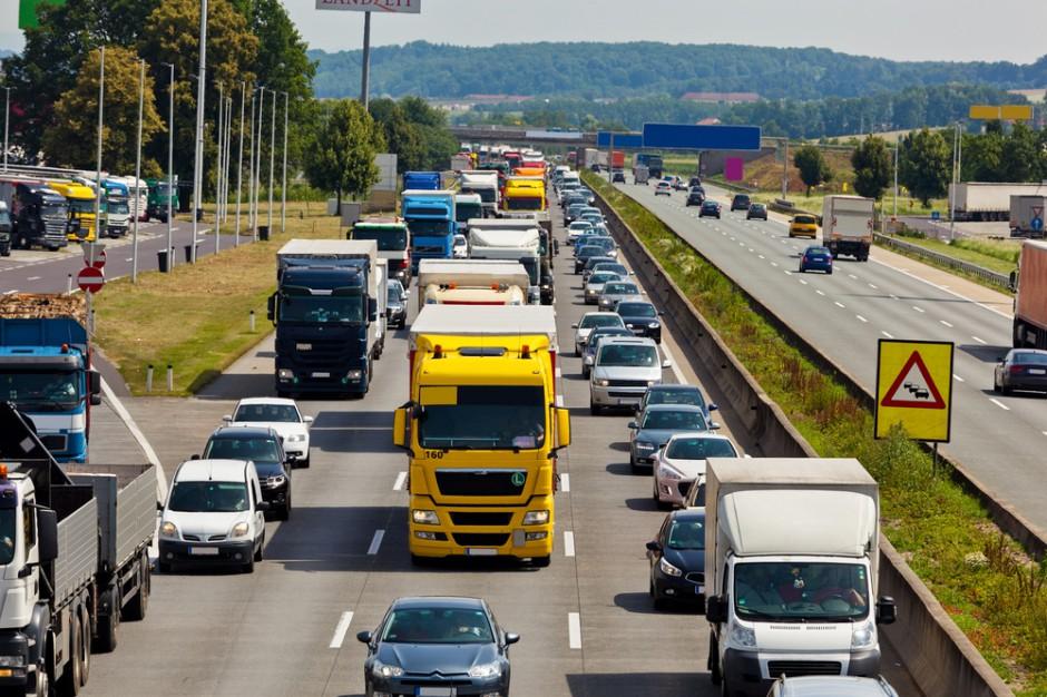 Transport: Minister infrastruktury zatwierdził 15 inwestycji drogowych