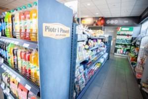 """Sieć """"Piotr i Paweł"""" chce uruchomić 150 sklepów na stacjach BP"""