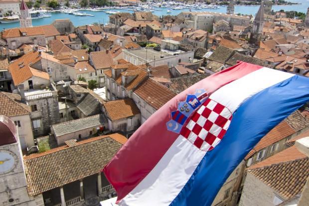 Chorwacja wycofuje się z podwyżki opłat na importowane owoce i warzywa