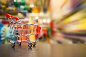 Sprzedaż w sklepach małoformatowych w lipcu wyższa o 3,3 proc. rdr