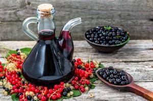 Produkcja win owocowych wzrosła w lipcu, ale spadła po siedmiu miesiącach 2017 r.