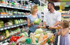 Polacy w 2017 roku wydadzą na żywność i używki prawie 180 mld zł