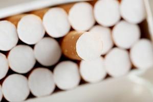 Funkcjonariusze KAS zatrzymali przemyt prawie pół mln paczek papierosów