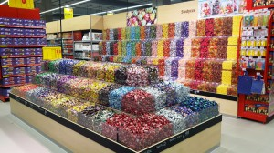 Zdjęcie numer 1 - galeria: Carrefour otwiera hipermarket w Warszawie. Nowe koncepty, usługa Scan&Go (zdjęcia)