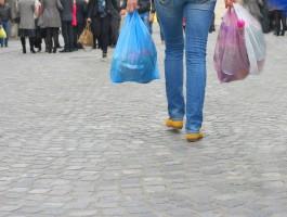 MŚ: Opłata za torbę foliową nie jest podatkiem